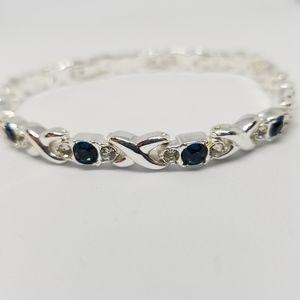 Jewelry - Dainty Silver Bracelet